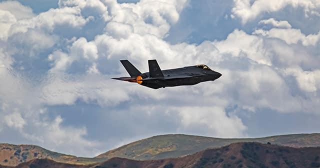 Basiert chinesischer Tarnkappenbomber J20 auf US-Tarnkappentechnik
