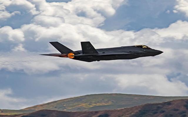 Basiert chinesischer Tarnkappenbomber J20 auf US-Tarnkappentechnik?